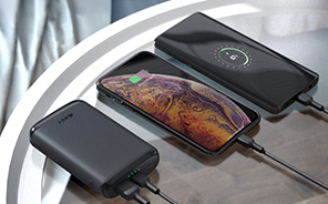 Aukey external battery pack for Samsung phones